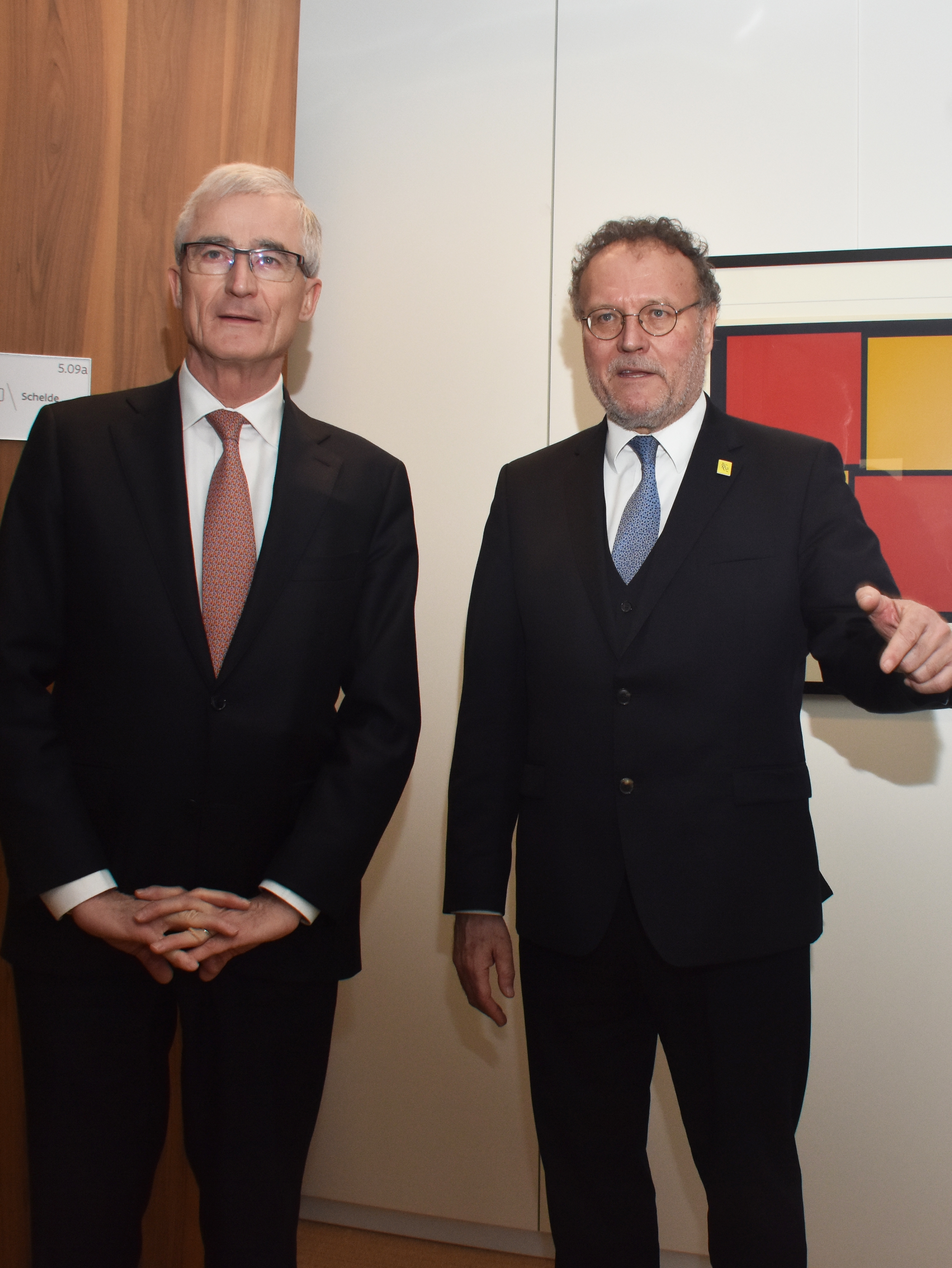 Minister-president Bourgeois and representative Axel Buyse